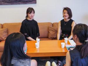 平澤彩さん(姉)と平澤梢さん(妹) 1